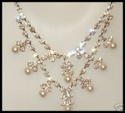 BRIDE stunning rhinestone faux Pearl necklace Earring