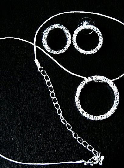 Austrian Crystal Circle of Life Necklace & Earring Set - Click Image to Close