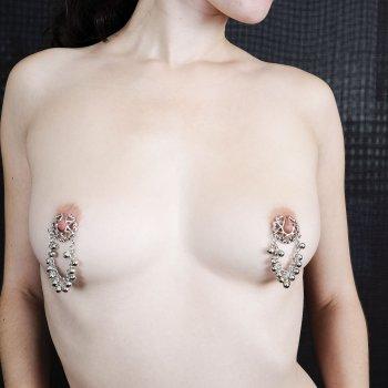 Ebony female muscle porn